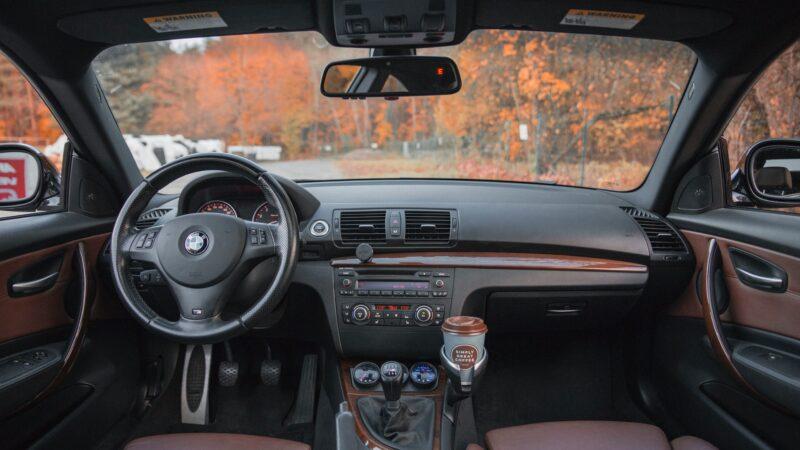 Zakelijke autolening afsluiten of toch liever particulier?