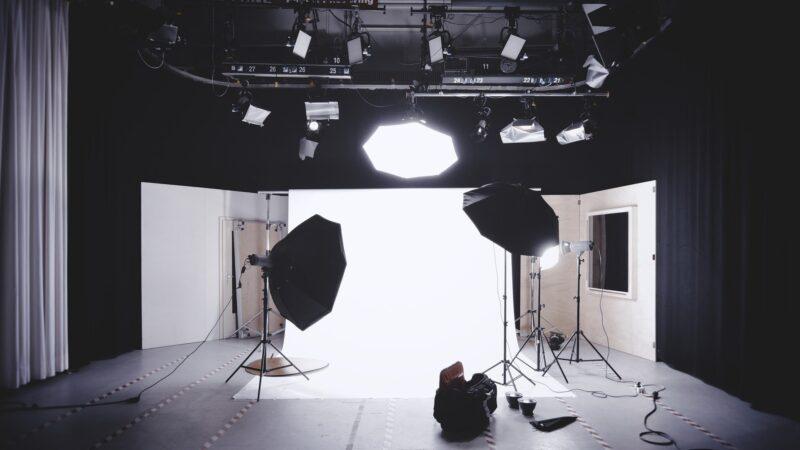 Fotografie productie uit handen geven aan een professioneel bedrijf